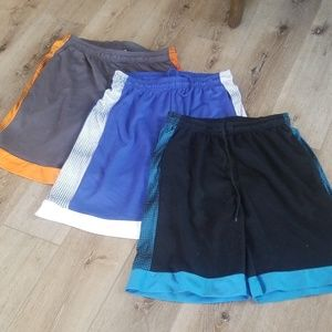 AMER LEGEND OUTFITTERS 3 pair shorts